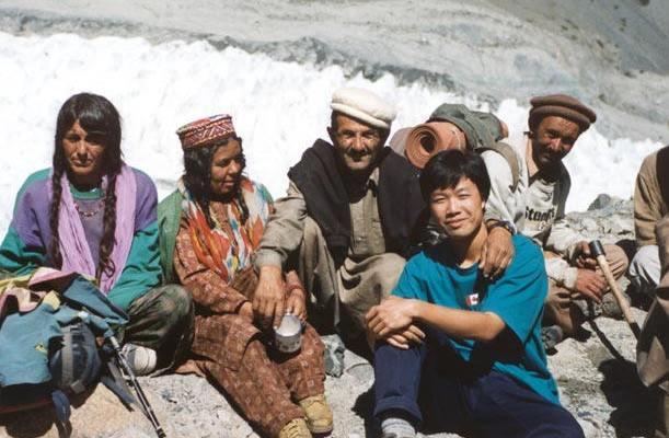 Familie din Valea Hunza